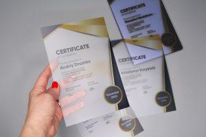 Дипломи, сертифікати